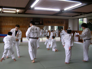 http://zoshikan.blog.fc2.com/