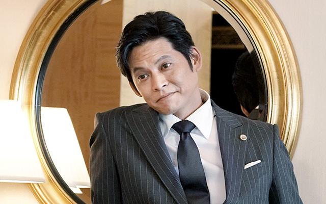 月9ドラマ日本版『SUITS/スーツ』の1話のあらすじ