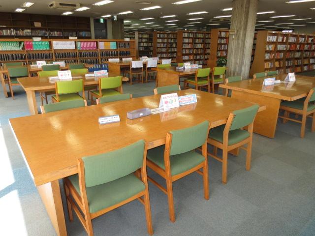 子星中学校の図書館は『和光市図書館』