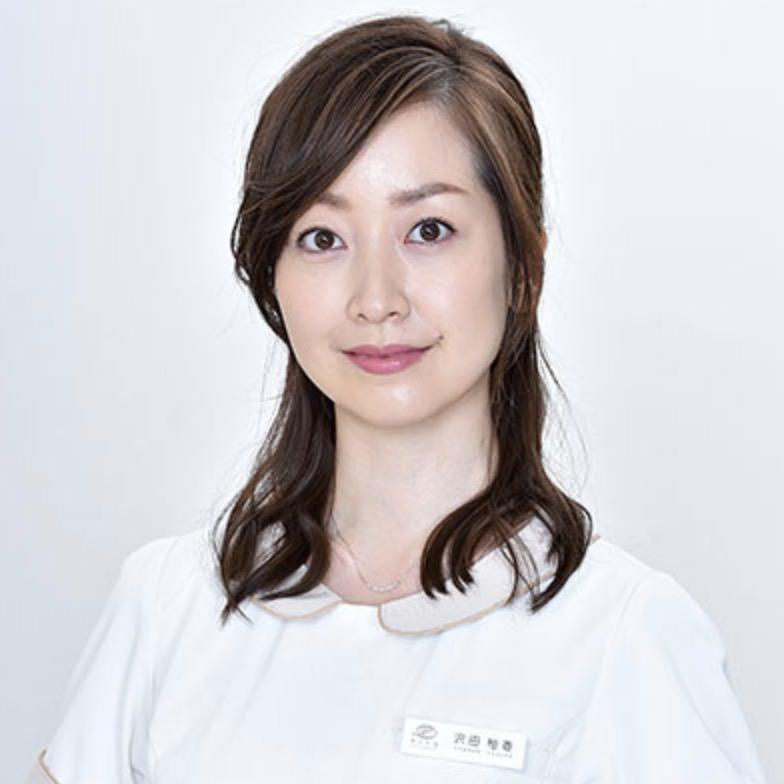 沢田柚香役:黒川智花
