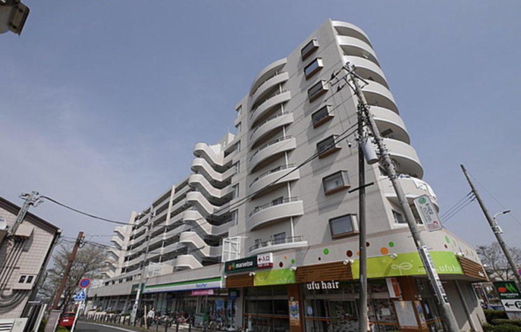 蓮見家のマンション外観は東京都多摩市の『プラザ唐木田』
