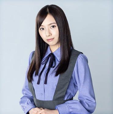 美しい女役: 新内眞衣