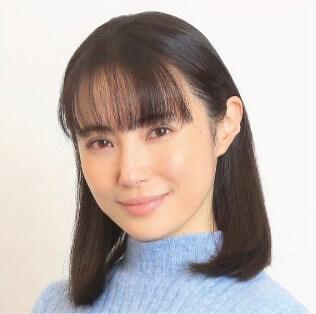 西山由美子役:美村里江