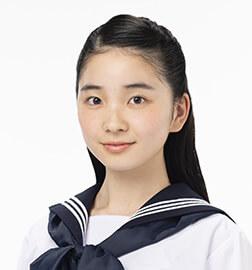 柴田夕見子役:福地桃子/(子供時代)荒川梨杏