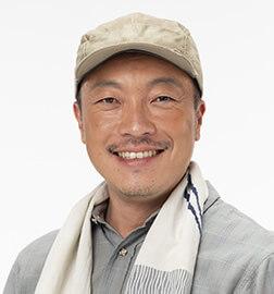 戸村菊介役:音尾琢真
