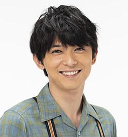 山田天陽役:吉沢亮/(子供時代)荒井雄斗