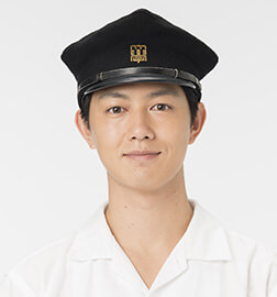 佐々岡信哉役:工藤阿須加/(子供時代)三谷麟太郎
