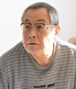 岩倉和雄役:小野武彦