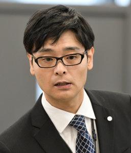 加藤泰司役:ノゾエ征爾