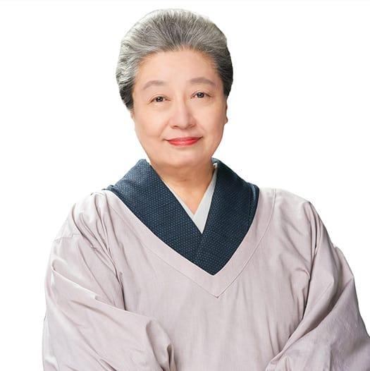大久保 のぶ子役:三林京子